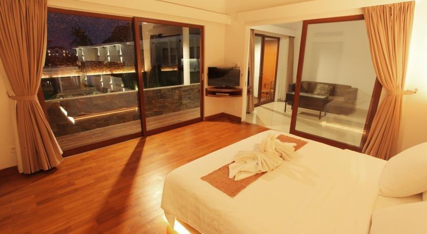 Aquarius Star Hotel Kuta - Kamar tamu