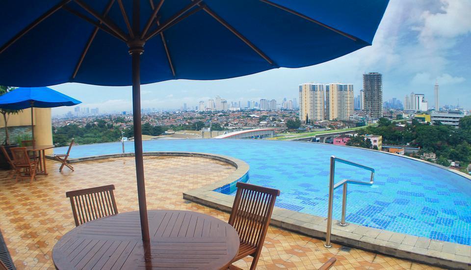 Kyriad Hotel Metro Cipulir Jakarta - Kolam Renang
