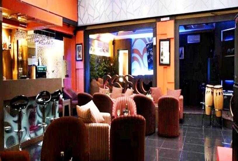 Hotel Furaya Pekanbaru - Resto and Bar