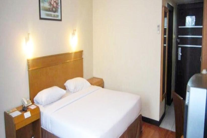 Hotel Furaya Pekanbaru - Business Double Regular Plan