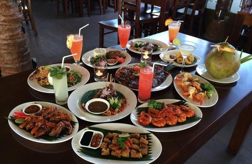Hawaii Bali Hotel Bali - Live Seafood