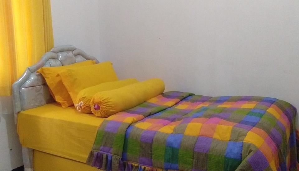 Villa Puri Garden Batu Malang - kamar tidur