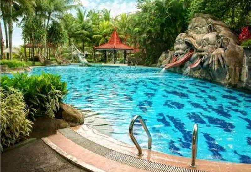 Hotel Puri Asri Magelang - Pool