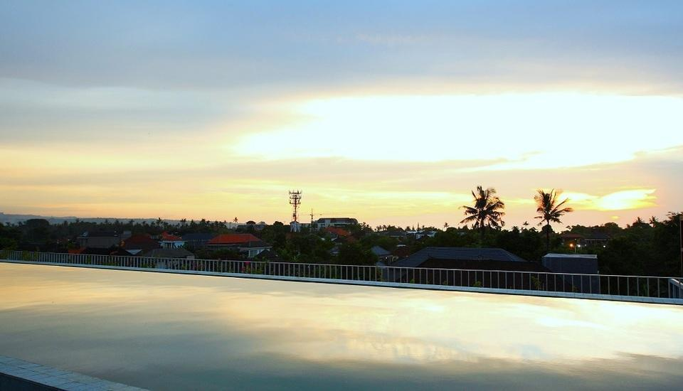 Watermark Hotel Bali - Rooftop Pool