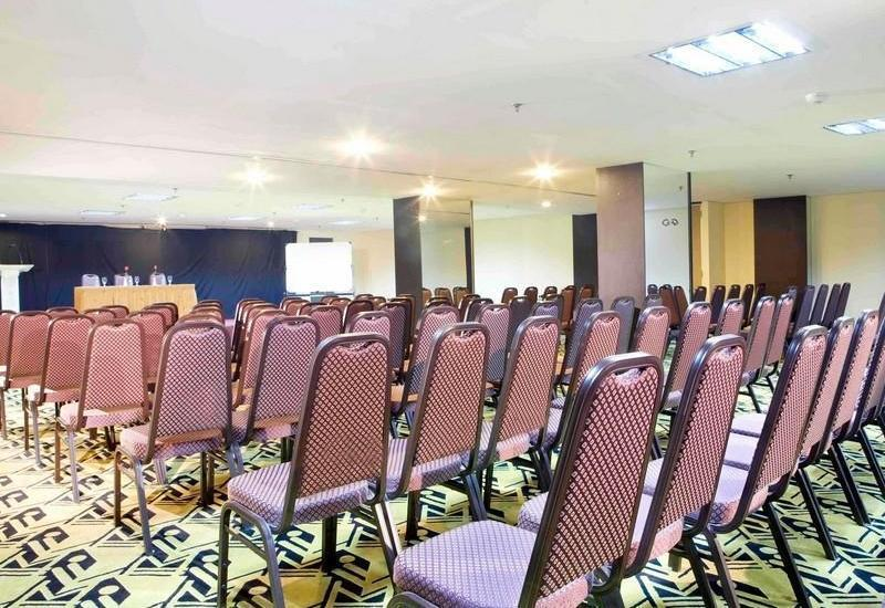 Losari Roxy Hotel Jakarta - Conference Room