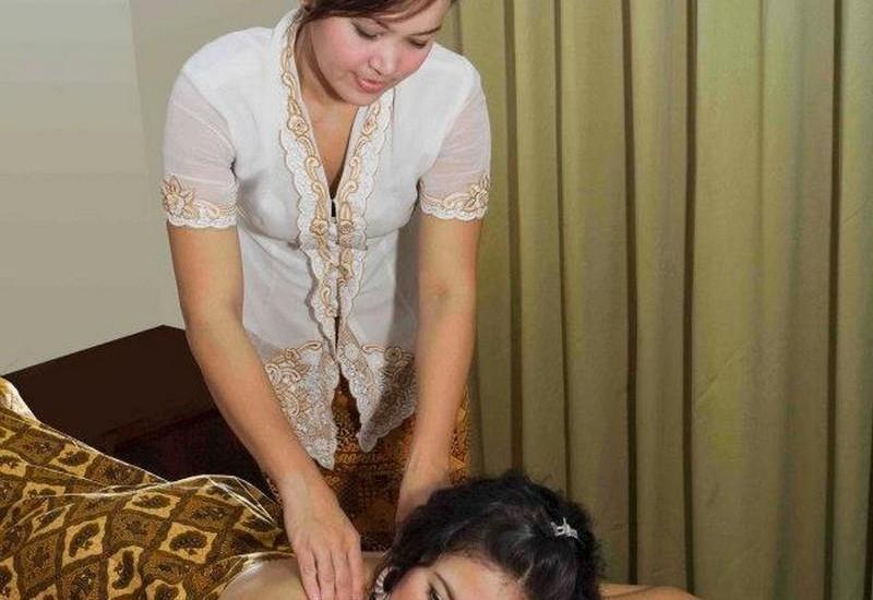 Losari Roxy Hotel Jakarta - Massage