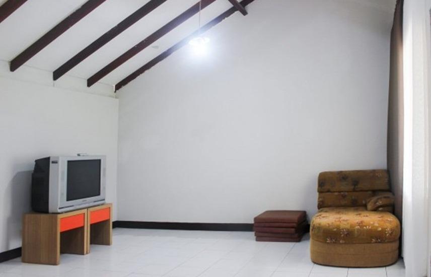 Villa Chamomile II Bandung - Interior