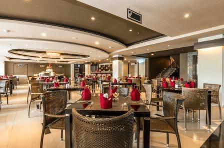 Tinggal Premium at Simpangsiur Kuta - Restoran