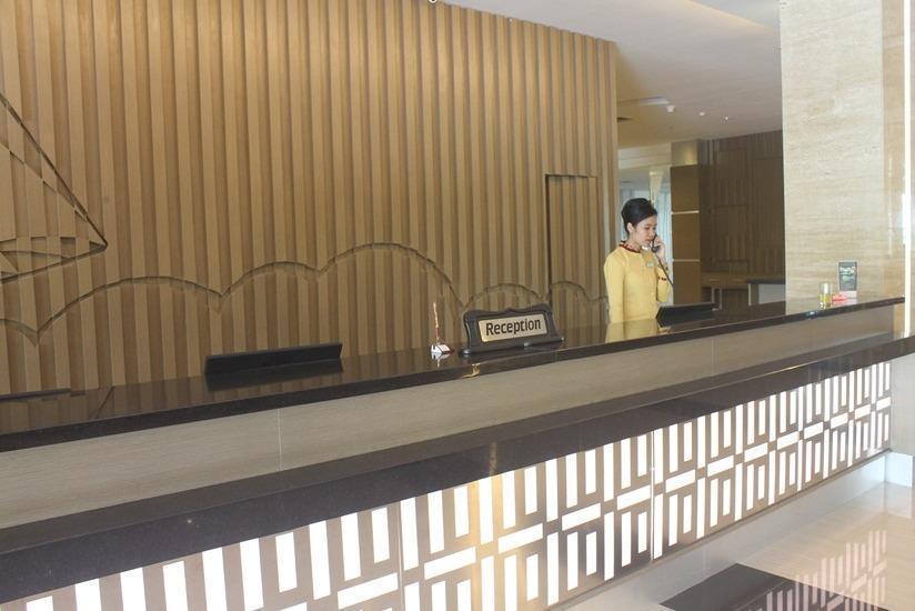 Dalton Hotel Makassar - Resepsionis