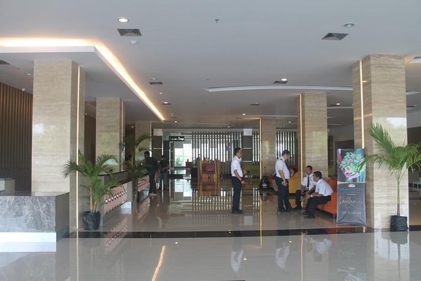 Dalton Hotel Makassar - Lobi