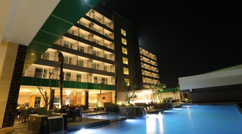 Dalton Hotel Makassar - Pool