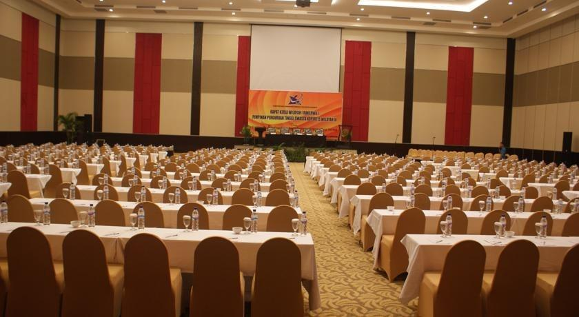 Dalton Hotel Makassar - Meeting
