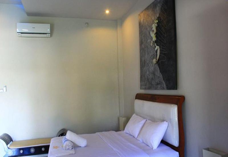 JM Hotel Kuta Lombok Lombok - Kamar tamu