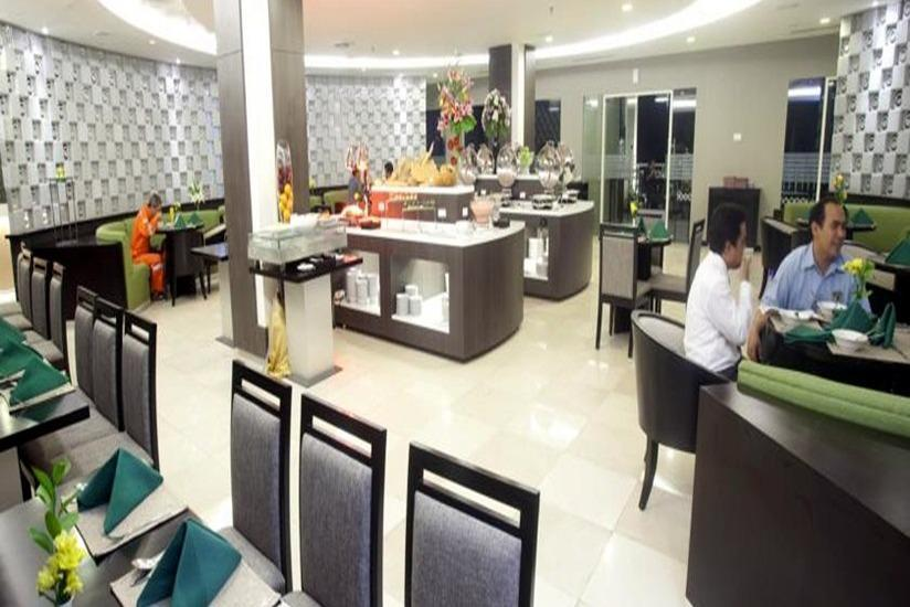 The Royale Krakatau Hotel Cilegon - Ruang makan