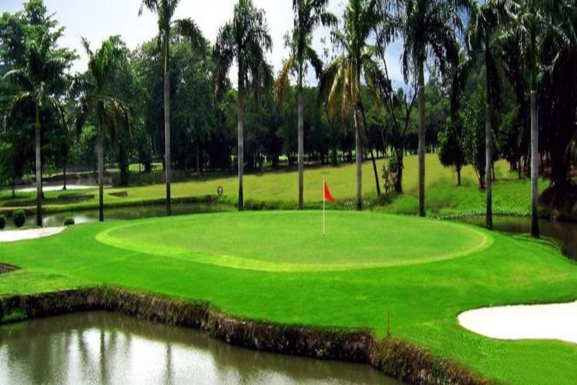 The Royale Krakatau Hotel Cilegon - Lapangan golf