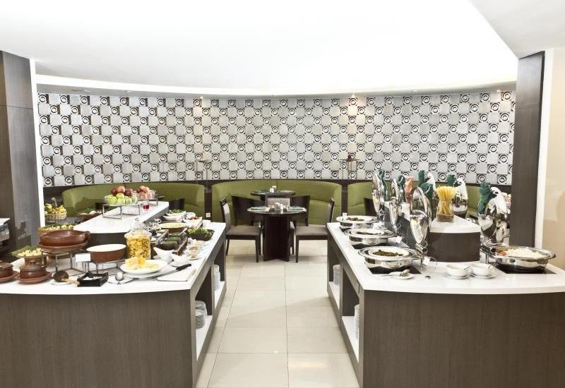 The Royale Krakatau Hotel Cilegon - Resto