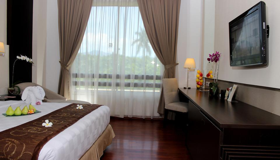 The Royale Krakatau Hotel Cilegon - Deluxe Tower