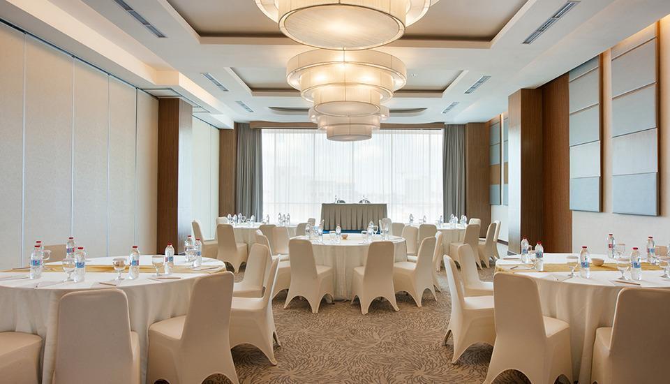 Hotel Santika Radial Palembang - Ruang rapat meja bundar