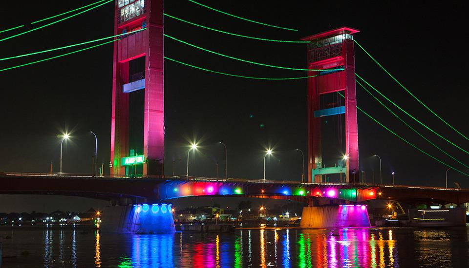 Hotel Santika Radial Palembang - Jembatan Ampera