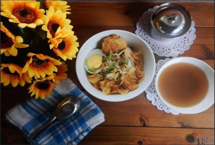 Bandoeng Guest House Malang - Meals