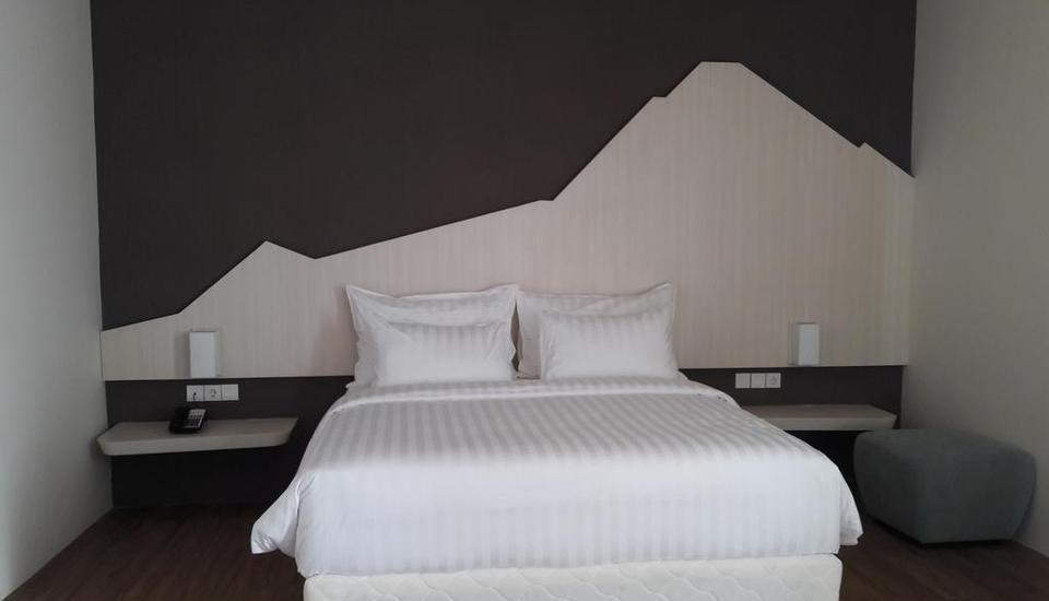 Bromo Park Hotel Probolinggo - Superior dengan Satu ranjang besar Regular Plan