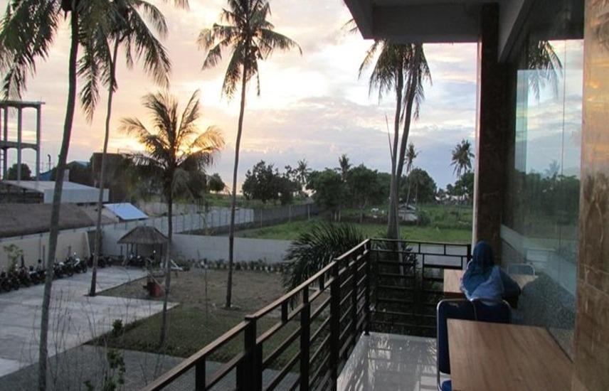 Grand Inn Hotel Lombok - Deluxe room Promo New Year