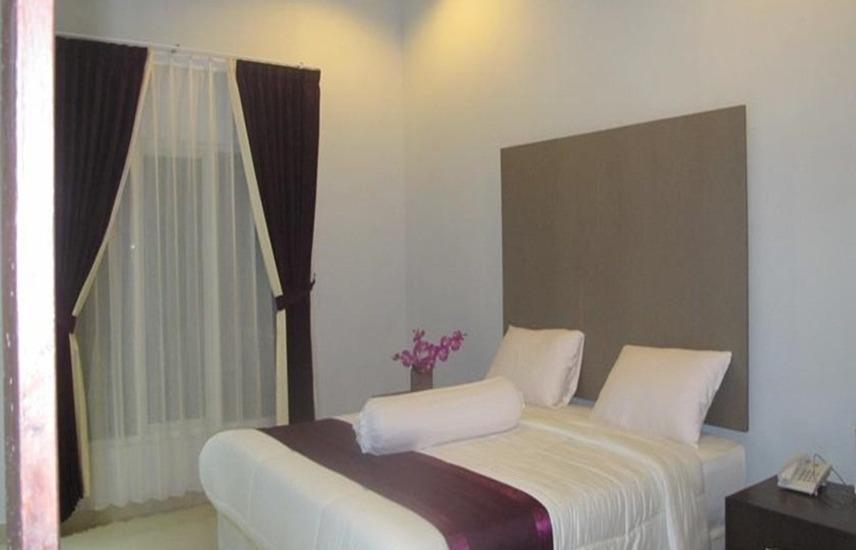 Grand Inn Hotel Lombok - Kamar tamu