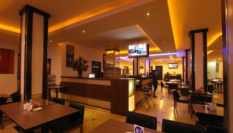 Classie Hotel Palembang - Bar