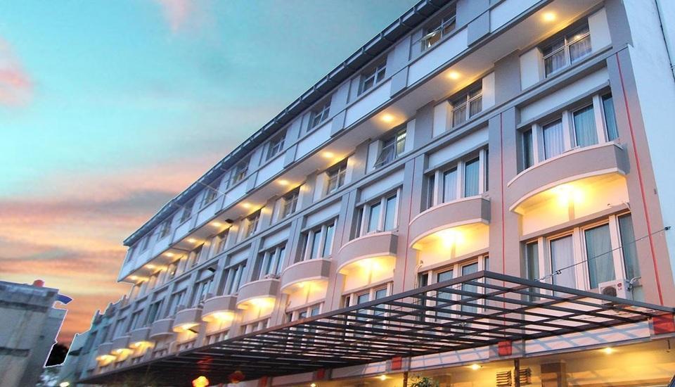 Classie Hotel Palembang - Tampilan Luar Hotel