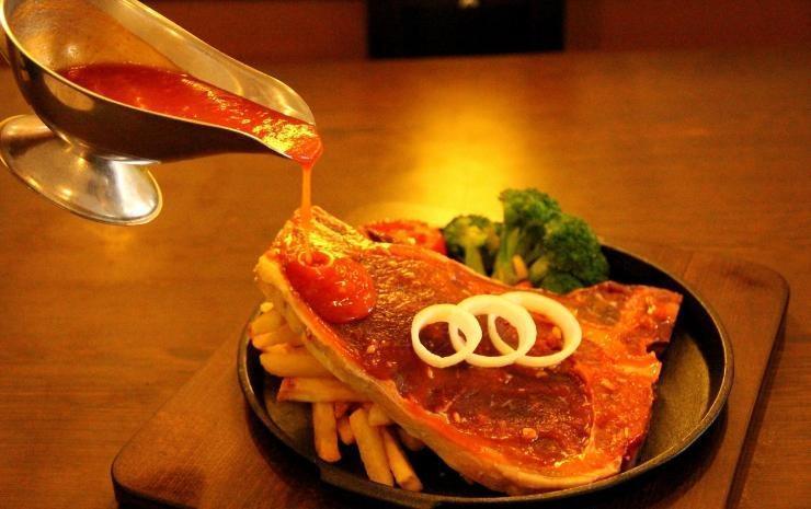 Classie Hotel Palembang - Menu Makanan