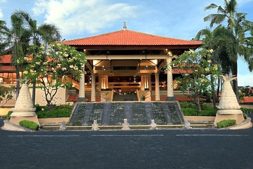 Radisson Bali Tanjung Benoa - Hotel Facade