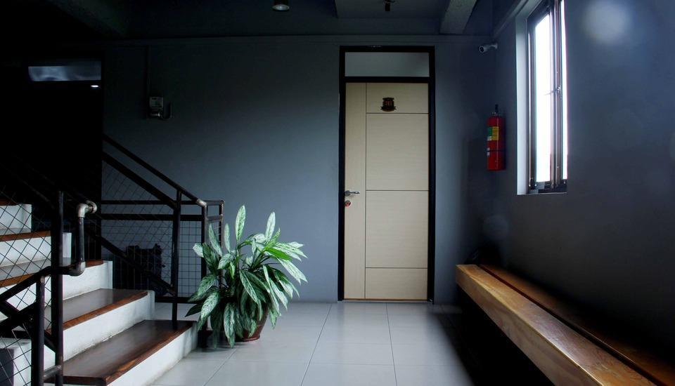 RedDoorz Plus @Jatinangor Bandung - Interior