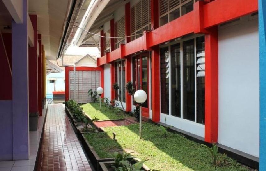 Lingga Guest House Jayagiri Lembang Bandung - lobi