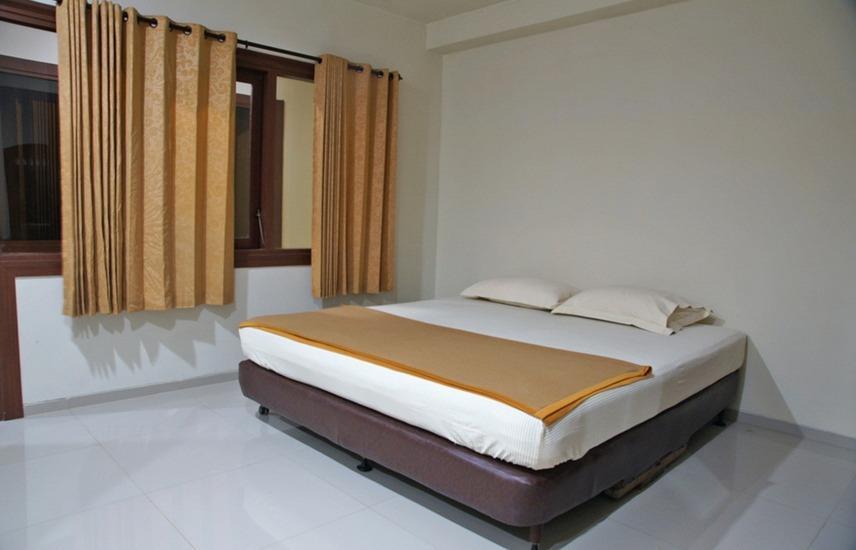 RedDoorz @Panglima Sudirman Surabaya - Kamar tamu