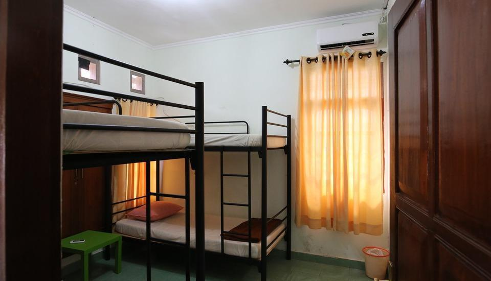 Morotai Camp Hostel Bali - Standard 4 Bed Mixed Dorm AC - Room Only Regular Plan