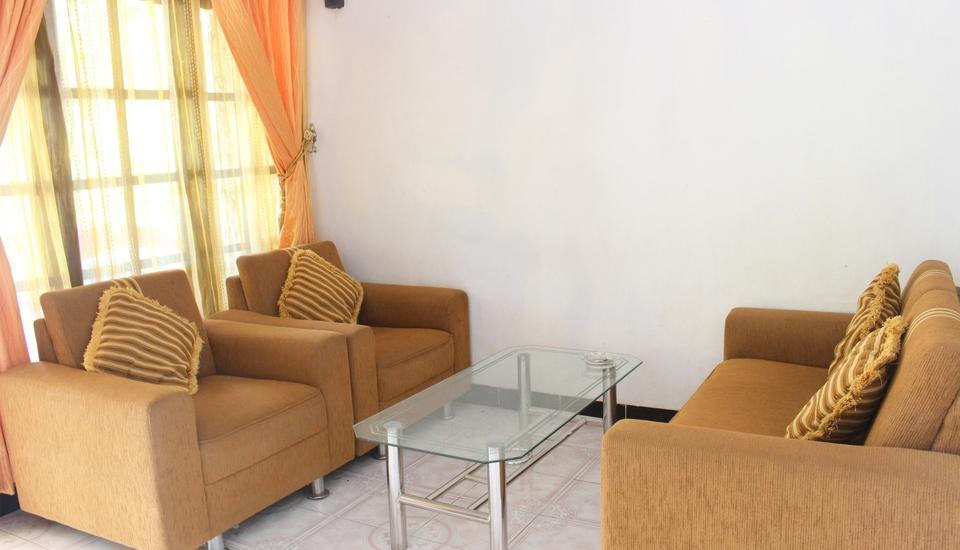 Rifqi Guesthouse Pacitan - Lobi