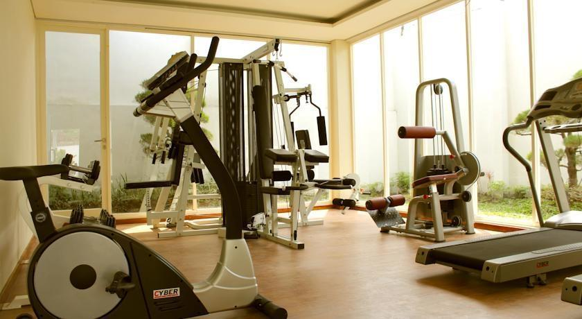 Crystal Lotus Hotel Yogyakarta - Gym
