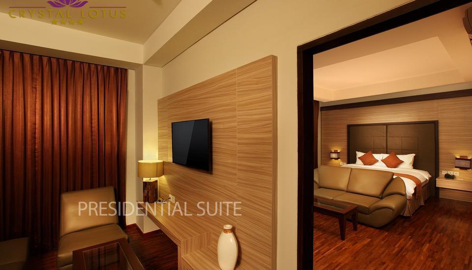 Crystal Lotus Hotel Yogyakarta - Premium Suite Diskon 20%