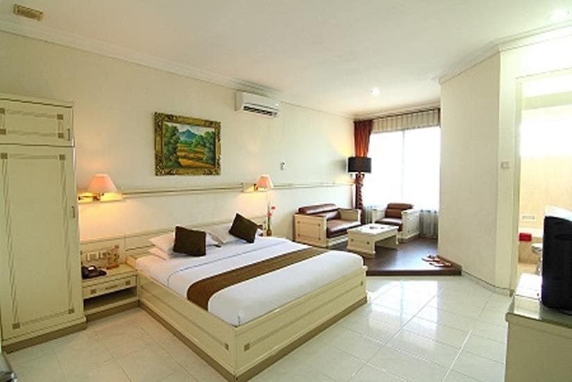 Plaza Hotel Semarang - Executive Room Only Regular Plan
