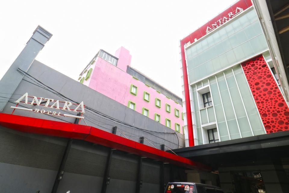 Hotel Antara Jakarta - Building