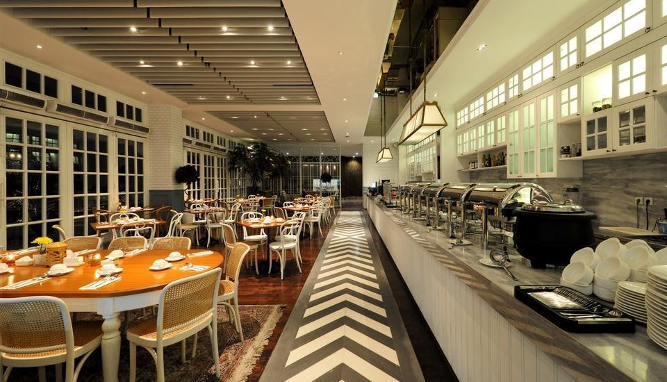 Veranda Hotel Pakubuwono - Restoran