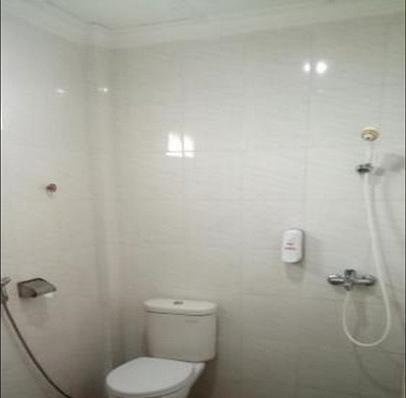 Bromo View Hotel Probolinggo - Bathroom