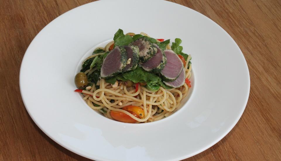 AQ-VA Hotels & Villas Bali - carpacio tuna