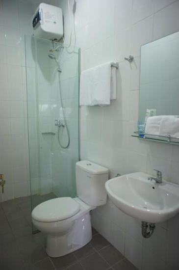 Menteng House Jakarta - Bathroom