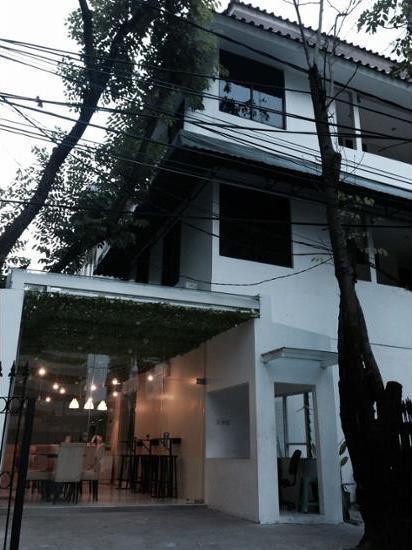 Menteng House Jakarta - BBQ/Picnic Area