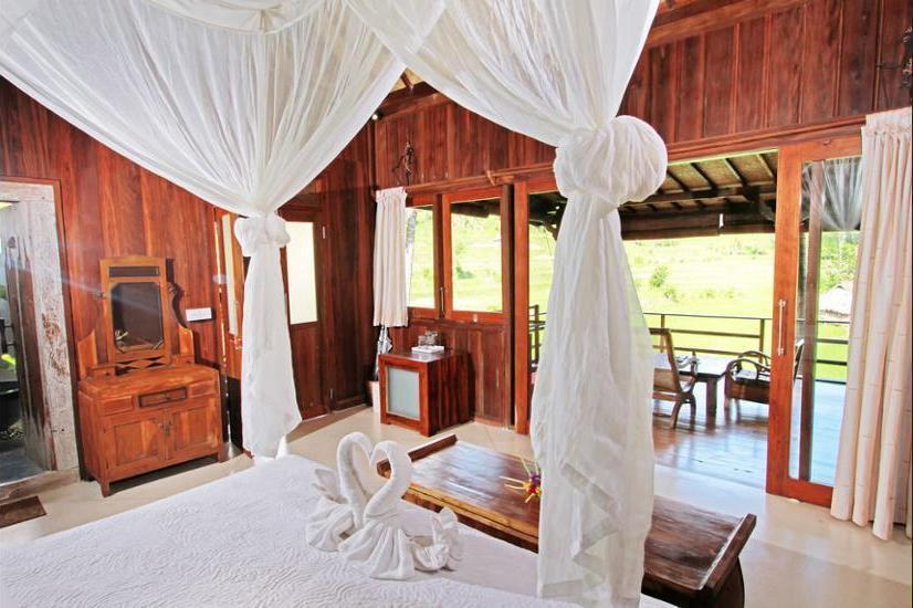 Sawah Indah Villa Bali - Deep Soaking Bathtub