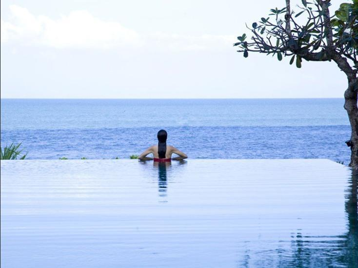 Villa Sound of The Sea Bali - Outdoor Pool