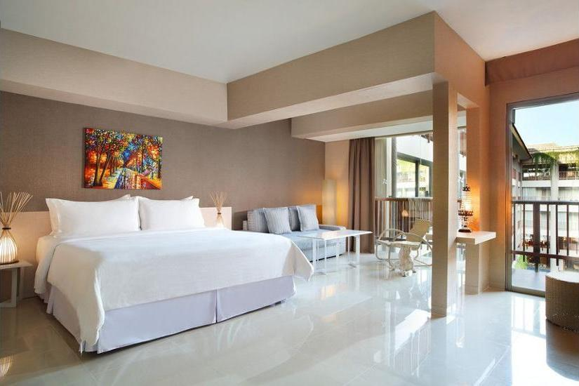Four Points By Sheraton Kuta Bali - Hotel Front - Evening/Night