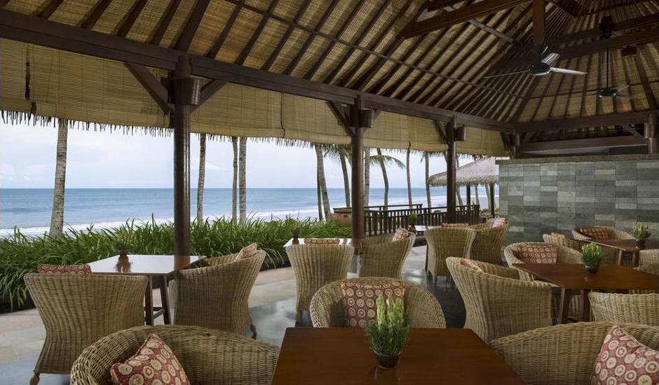 The Legian Bali - Hotel Bar