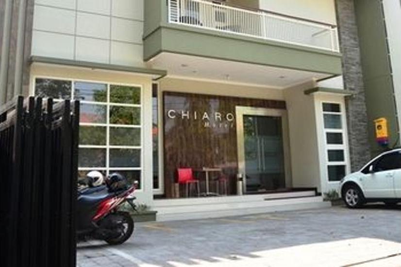 Chiaro Hotel Sidoarjo - Featured Image